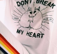 Camiseta solidaria foto